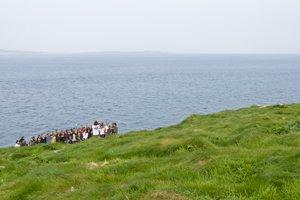 Carrick-a-Rede-rope-bridge-ireland-group