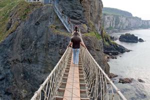 Carrick-a-Rede-rope-bridge-ireland