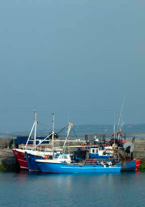 Aran-Islands-boats