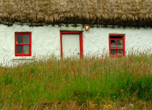 Aran-Islands-Cottage-close