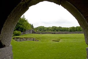 Aughnanure-Castle-Ireland-doorway