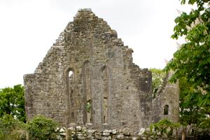 Dysert-O'Dea-monastery-church