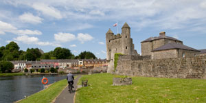 Enniskillen-Castle-bike