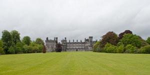 Kilkeny-Castle-far