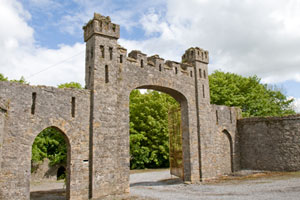 Leap-Castle-entry