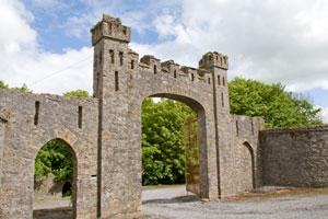 Leap-Castle-entry