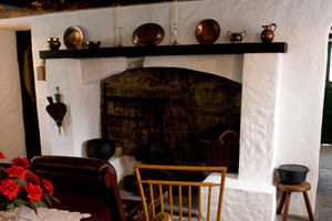 Quiet-Man-Cottage-Cong-Ireland
