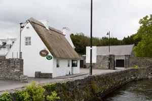 Quiet-Man-Cottage-Cong