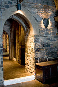 Knappogue-Castle-doorway